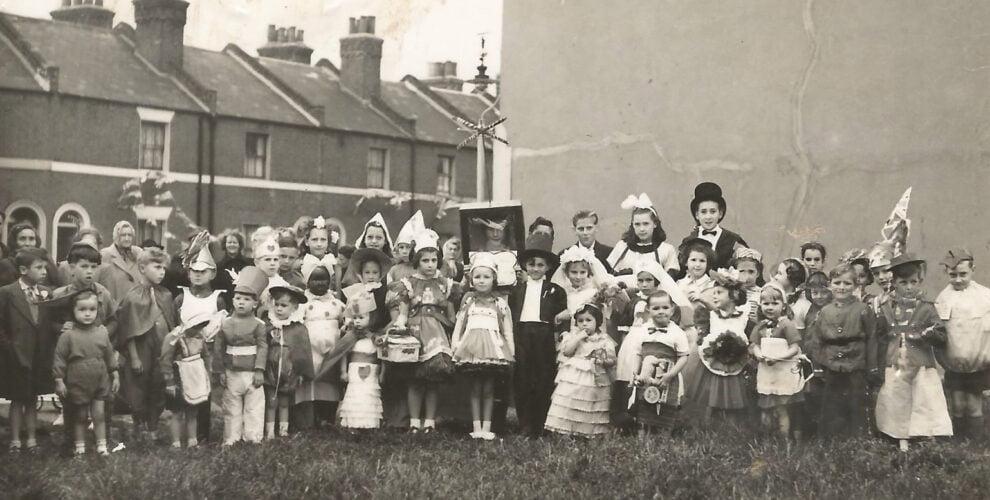 group of children, blenheim gardens